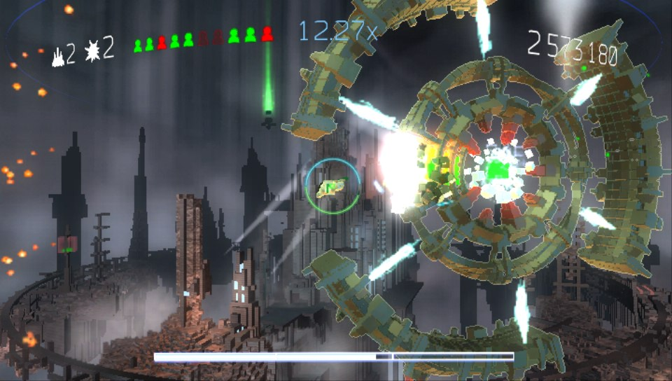 Resogun PS Vita 05
